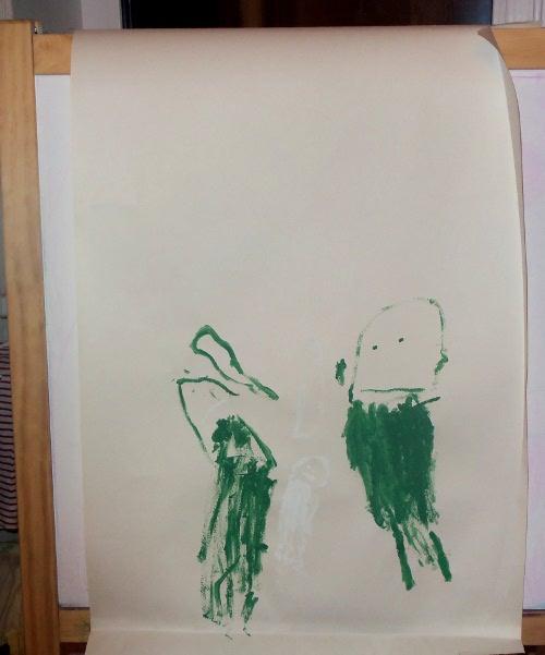 ребенок рисует маму и папу
