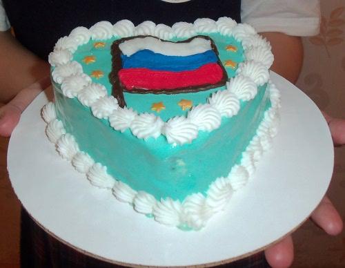 торт-мороженое российский флаг