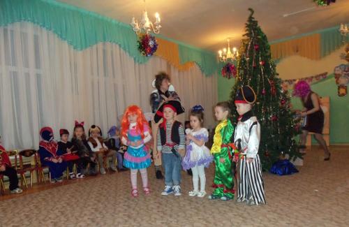 новогодний утренник детский сад