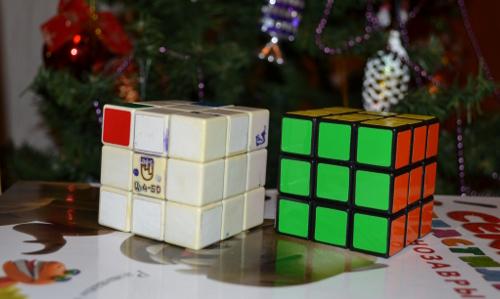 старый и новый кубик рубика