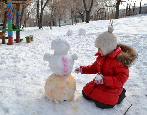 цветной снеговик