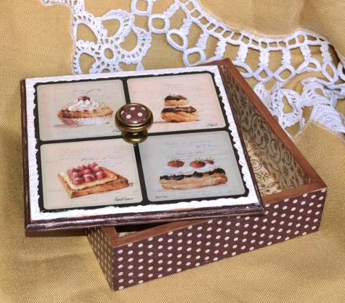 шкатулка с пирожными