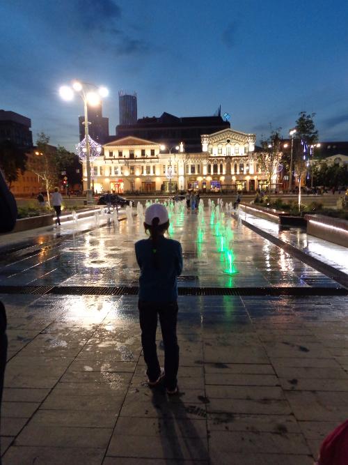 фонтан у городской администрации