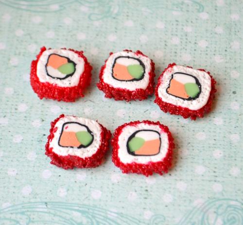 суши из полимерной глины