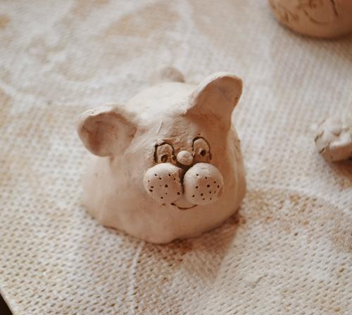 игрушка из глины
