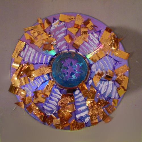 украшения из дисков