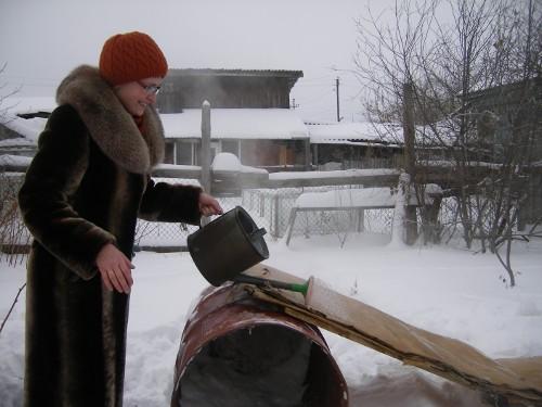 построить ледяную горку