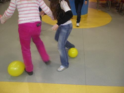 игра раздави шарик