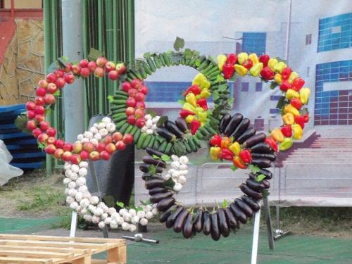 олимпийские кольца из овощей